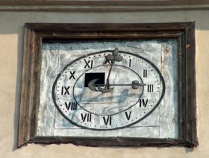 Zegar z dzwonnicy